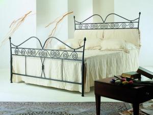 accessori camera da letto: ganci, mensole, testiere, scarpiere, quadri